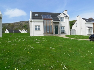 3 Fintra Bay, Killybegs, Co. Donegal.
