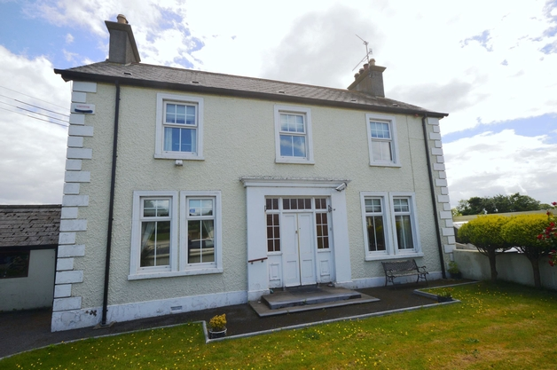 Innisfail House, Coneyburrow Road, Lifford, Co. Donegal, F93 HN8P