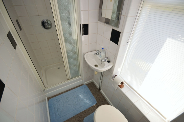 En-Suite to Bedroom One