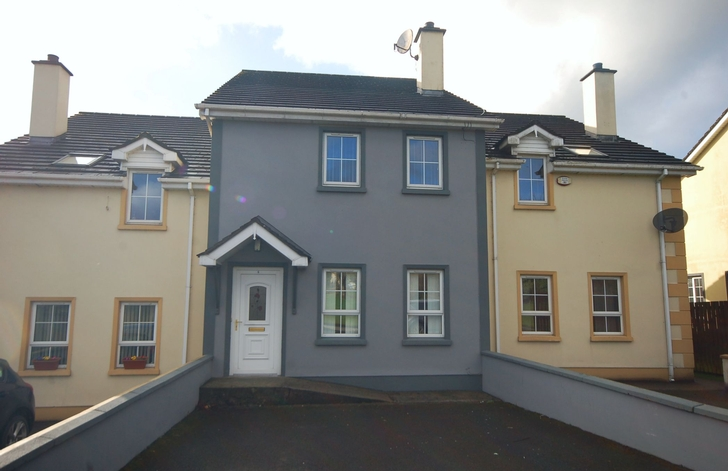 5 Diamond Court, The Diamond, Castlefin, Co. Donegal, F93 NY68