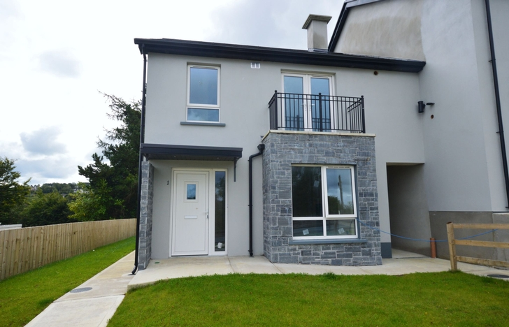Radharc na hArdeaglaise, Crievesmith, Letterkenny, Co. Donegal - Three-Bedroom Townhouse