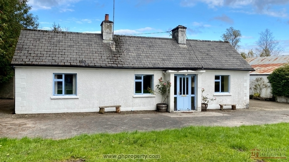Greagh Cross, Aughavas, Co. Leitrim N41 E004