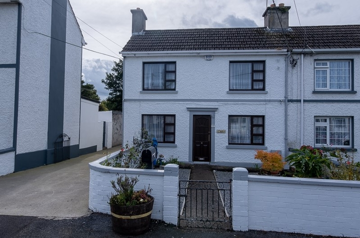 19 St Johns Square, Portlaoise, Co Laois. R32P6VW