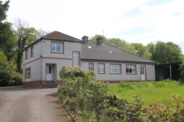 6-bedroomed Farmhouse,  Ballymountain, Bandon,Co. Cork