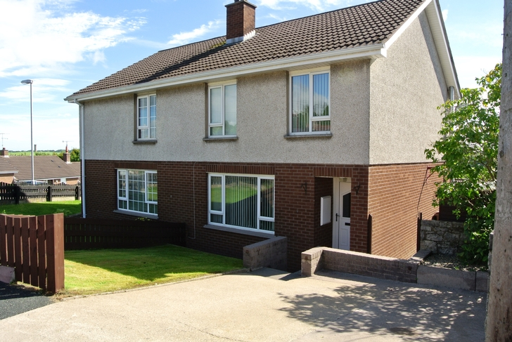 1 Oakfield Gardens, Killyman Street, Moy, Co Tyrone