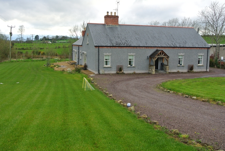 12 Causanagh Road, Loughgall, Co Armagh, BT61 8PR