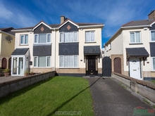 42 Woodlawn Drive, Santry, Dublin 9